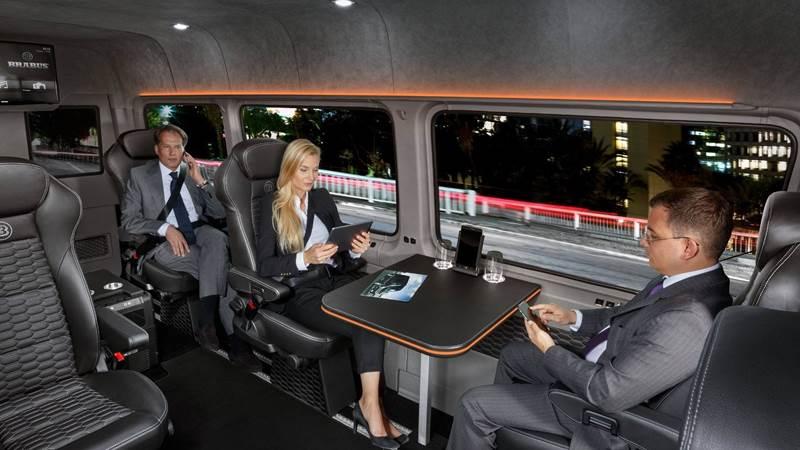 אוטובוס זעיר מפואר מתוצרת בראבוס על בסיס מרצדס ספרינטר