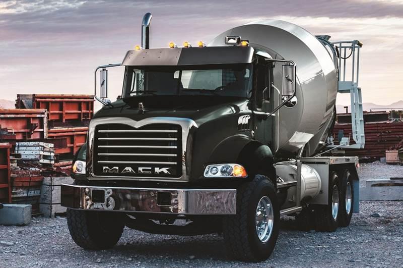 משאית Mack גרניט להובלת בטון