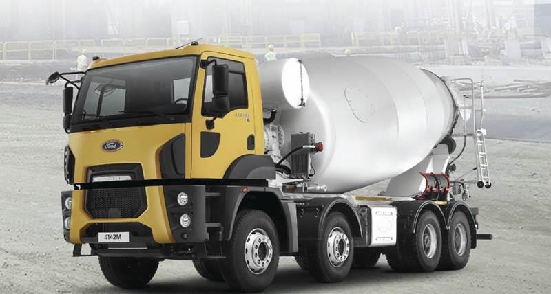 משאית פורד 4142M